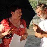 Doris Walter, alternative Stadtführung trott-War, und Jürgen Grube, wohnungsloser Überlebenskünster; Foto: © Maximilian Fischer