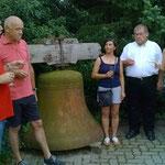 Die Glocke wurde an Matthias Kircher und Josef Helf versteigert.