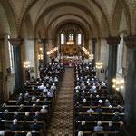 Viele Menschen sind gekommen, um Abschied zu nehmen von Pastor Georg Frorath.