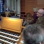 Von hier aus kann man alle drei Orgeln des Kölner Doms ansteuern und spielen.