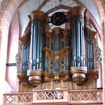 Die Orgel der Oberweseler Liebfrauenkirche wurde von Klais überholt und um eine elektronische Setzeranlage erweitert.