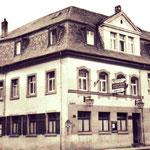"""Die Gaststätte """"Sportzentrale"""" an der Ecke Haupt- und Kettiger Str."""