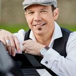 Tom Alaska hat sich in der Region einen Namen gemacht als Interpret von Udo-Jürgens-Songs.
