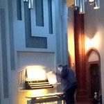 Herr Still hat auch für diese Orgel etwas vorbereitet.