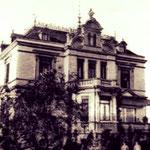 Wo früher die Villa Gass langsam zerbröselte, steht heute die Villa Zender.