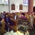 Dr. Theobald erläutert die Geschichte der Herseler Orgel.