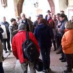Bei einer kurzen Führung werden die architektonischen Besonderheiten der Liebfrauenkirche erläutert.
