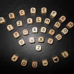 Holzbuchstaben geprägt (10mm)