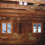 So schauen 200 Jahre alte Wände aus