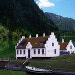 IMMAGO REAL ESTATES • Nordisches Haus im Gebirge