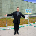 Musterhauspräsentationen • Geschäftsführer: Dr. Egbert von Distelbaum