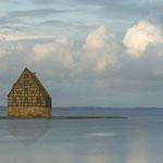 IMMAGO REAL ESTATES • Fachwerkhaus im Meer