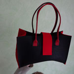 Handtasche aus Blachenstoff