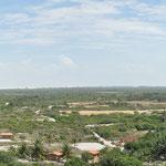 En haut du Phare de Mandacaru. On peut voir le Petit Lençois, le Grand Lençois, le village de Caburé, le Fleuve, l'Océan. Le phare appartient à la Marine Brésilienne