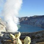 Le lac est considéré comme le plus acide du monde