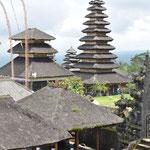 Cette pagode à 11 merus (toits), elle est réservée aux princes