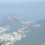 Ici on voit que les favelas sont en plein centre ville.