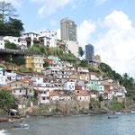 Petite favela près du Musée d'Art Moderne