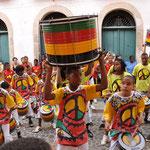 Le groupe Odolum a donné un concert gratuit dans les rues du Pelourinho