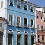 Toujours les maisons colorées