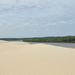 Au sommet de la dune, et le rio Preguiças en contrebas