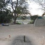 Notre campement au bord du fleuve