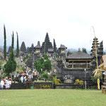 Le temple Besakih. Il daterait peut-être du 11° siècle. C'est le temple mère de Bali