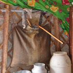 """""""Barique"""" en peau de mouton renfermant l'Airag, le lait de jument fermenté"""