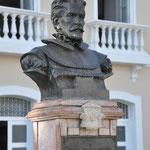 Daniel de La Touche, seigneur de La Ravardière. Il a fondé la ville en l'honneur de Louis XIII en 1612
