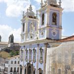 Une des nombreuses églises de Salvador de Bahia