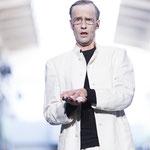 """""""Entfrorene Zukunft"""" - Virtuelle Opernbühne Bad Homburg/ Naxoshalle FFM - Bühnen- und Kostümbild Maria Pfeiffer - Foto Ciao Sun"""