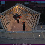 Pasarela peatonal Museo de la Ciencia