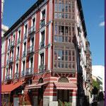 Detalle edificio Calle Regalado