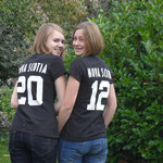 Annika und ich mit unseren Nova Scotia T-Shirts <3