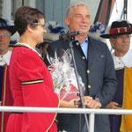 Kulturkreis Vellberg, 50. Weinbrunnenfest, Der Hohe Lügenrat, stellvert. Ministerpräsident Strobl, BM Ute Zoll