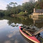 Trisha Lambi - the kayak on the lake Fontaine-Daniel