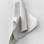 Wandobjekt 4 - 2014 - Gips -  97 (h) x 50 (b) x 20 (t) cm  - Ansicht 2
