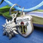 Edelweißanhänger und Münchner Kindl