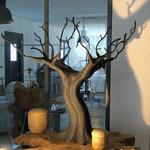 arbre: terre cuite et métal H 80 cm larg 70 cm