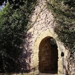 Eingang zum Burghof