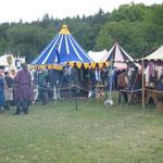 """Lager der """"Freyen Rittersleut zu Randingen"""" (links)"""