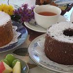 閑散期には、手づくりシフォンケーキが出る事も!