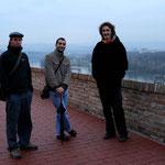 Un tour en ville avec notre hôte Milos (à droite)