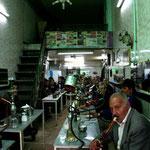 A Tabriz, salon de narguilés