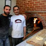 on va se manger une pizza à Deïr Ezzor... on se retrouve invités à dormir chez les pizzaïoli