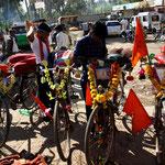 velos pares pour un festival hindou