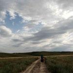 dans les steppes en route vers le Kirghizistan