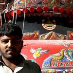 les chauffeurs de camions viennent des quatre coins du Pakistan