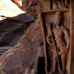 les grottes de Badami et ses sculptures dans le gres rouge