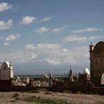 un cimetière kirghize